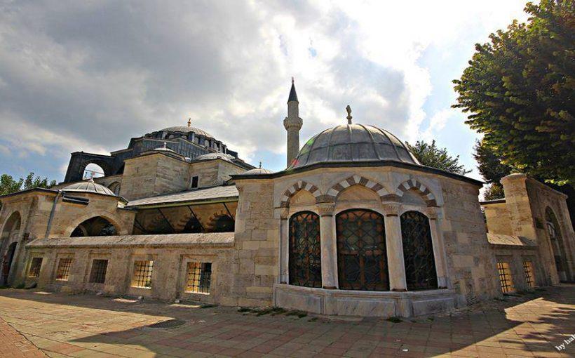 5670 Kılıç Ali Paşa camii